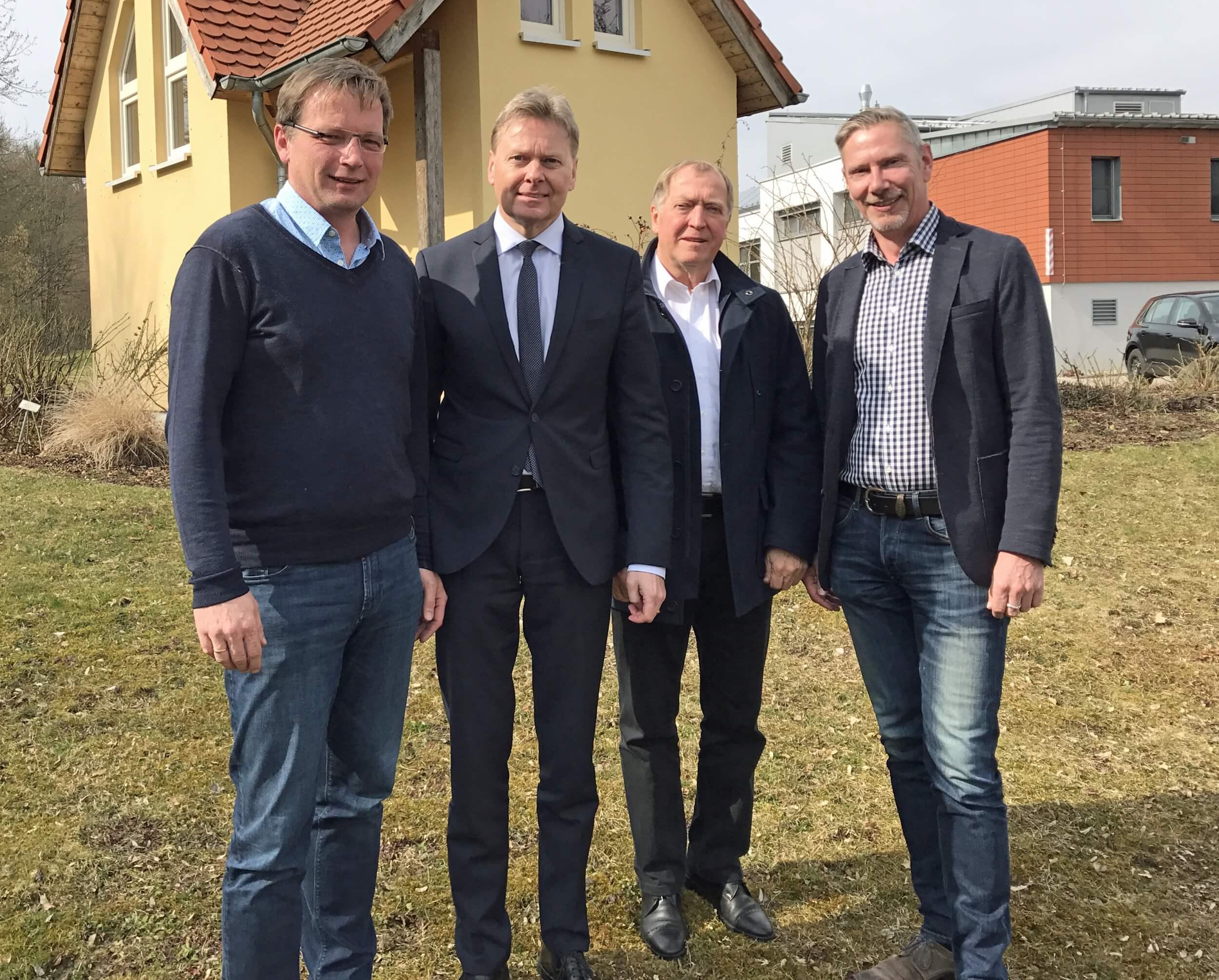Im Bild von links: Peter Uschalt, Norbert Dünkel, Dr. Otto Wolze und Götz Reichel